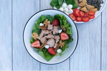 Light Tonlu Meyveli Salata